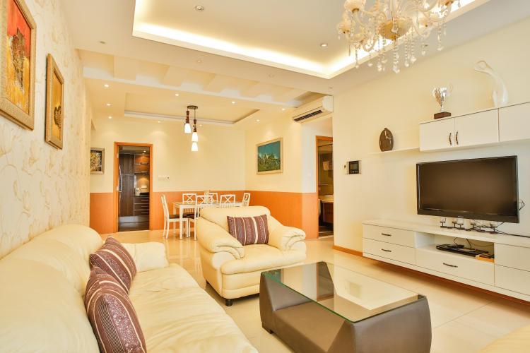 Phòng khách với nội thất sang trọng Căn hộ 3 phòng ngủ tầng cao Ruby 1 Saigon Pearl