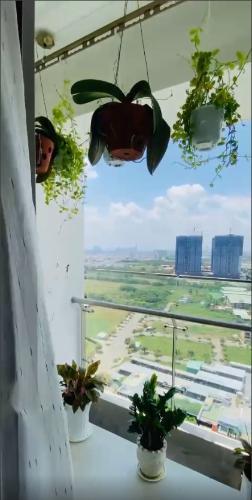 View Căn hộ River Panorama tầng 23 view thành phố thoáng mát, đầy đủ nội thất.