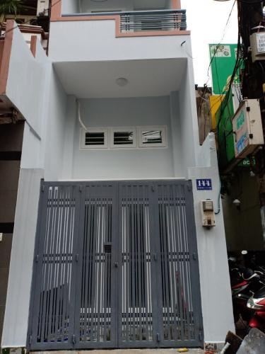 Bán nhà phố đường Trần Nhân Tôn, phường 2, quận 10, diện tích đất 22.2m2, diện tích sử dụng 107m2.