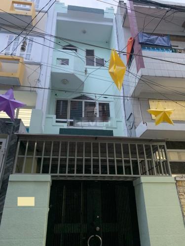 Mặt tiền nhà Bình Thạnh Nhà phố Bình Thạnh diện tích sử dụng 126m2, cửa chính hướng Tây Bắc.