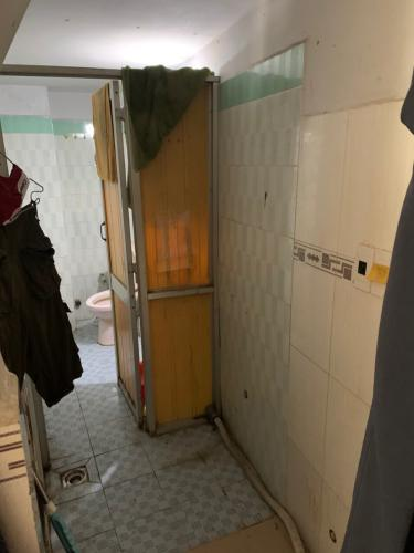 Phòng tắm Bán nhà hẻm Tô Hiến Thành, phường 13, Quận 10. Diện tích đất 21.6m2, diện tích sàn 56.8m2