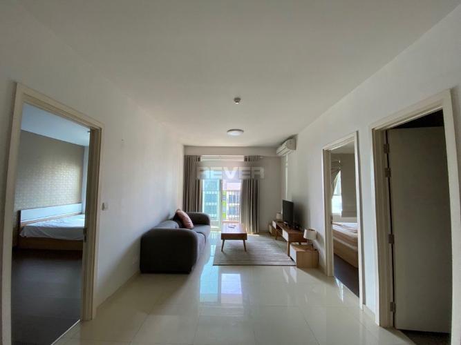 Căn hộ Vista Verde tầng 32 đón gió mát mẻ, đầy đủ nội thất hiện đại.