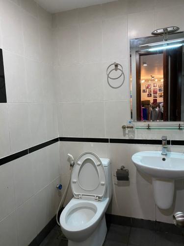 Phòng tắm chung cư BMC Bán chung cư tầng cao BMC ngay tại trung tâm thành phố.