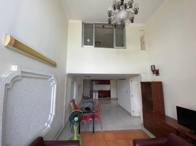 không gian căn hộ Sky Garden 1 Căn hộ Duplex Sky Garden tầng trung, đầy đủ nội thất tiện nghi.
