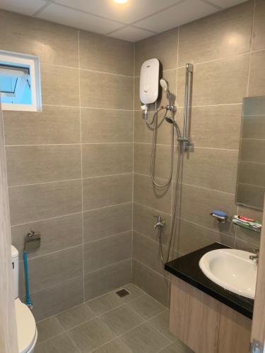 Phòng tắm Saigon Gateway, Quận 9 Căn hộ Saigon Gateway ban công hướng Tây, view thoáng mát.