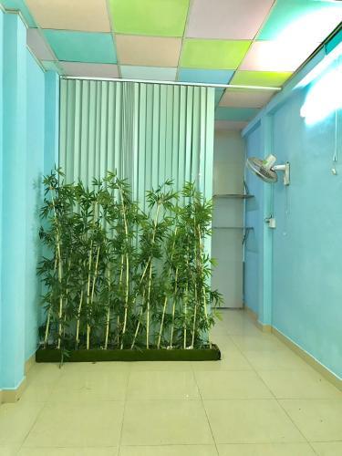 Nhà phố quận Bình Thạnh Bán nhà phố 9 phòng ngủ, cách chợ Vạn Kiếp 200m, diện tích đất 86m2, diện tích sàn 144,7m2, sổ hồng đầy đủ