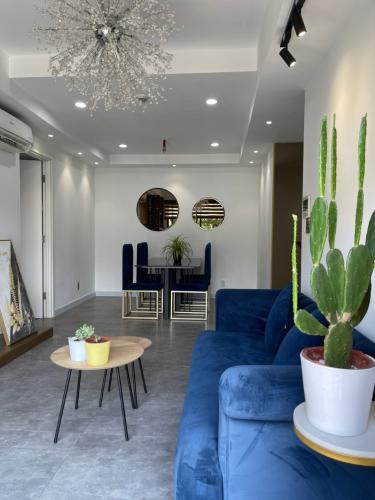 Phòng khách căn hộ Duplex Masteri Thảo Điền, Quận 2 Căn hộ Duplex Masteri Thảo Điền nội thất đầy đủ, view đón gió.