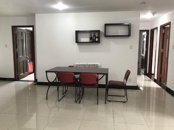 Phòng ăn Chánh Hưng Giai Việt, Quận 8 Căn hộ Chánh Hưng Giai Việt tầng trung, nội thất đầy đủ.