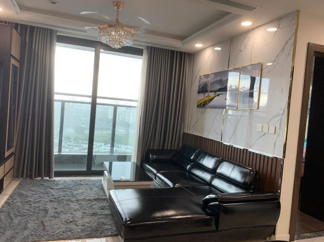 Bán căn hộ Sunshine City Sài Gòn thuộc tầng trung, diện tích 105.6m2, 3 phòng ngủ, 2 phòng tắm, thiết kế hiện đại.