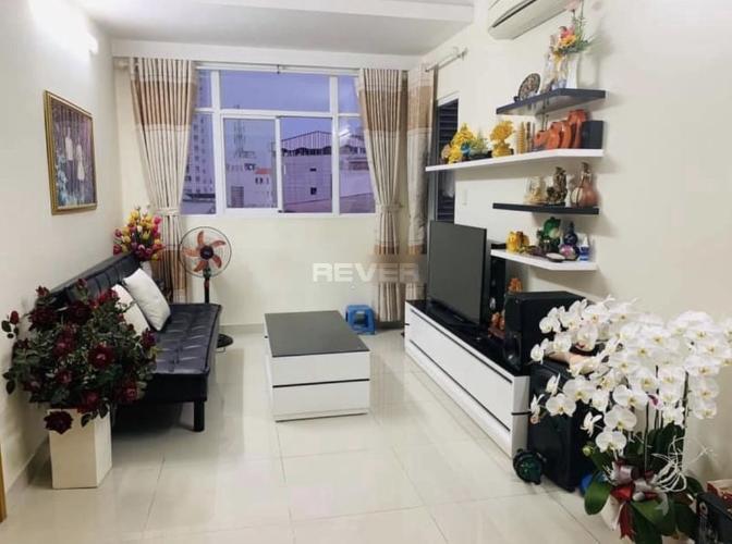 Phòng khách căn hộ Soho Riverview, Bình Thạnh Căn hộ tầng 4 Soho Riverview cửa hướng Đông Nam, nội thất cơ bản.