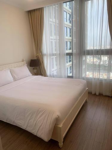 phòng ngủ căn hộ Vinhomes Central Park Căn hộ Vinhomes Central Park tầng 36 nội thất đầy đủ