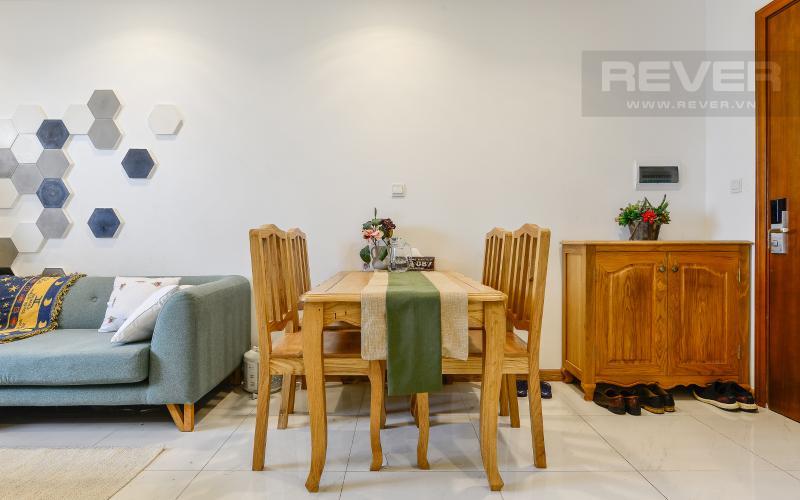bàn ăn Căn hộ Vinhomes Central Park tầng cao Central 1 đầy đủ tiện nghi