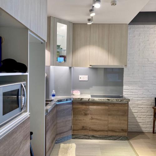 Bếp  căn hộ Saigon South Residence Căn hộ Saigon South Residence tầng trung, đầy đủ nội thất tinh tế.