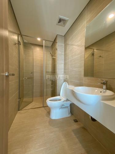 Toilet Vinhomes Grand Park Quận 9 Căn hộ Vinhomes Grand Park tầng cao, nội thất kèm theo đầy đủ.