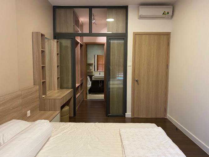 Căn hộ tầng 22 The Sun Avenue 2 phòng ngủ đón nắng