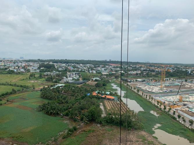 View Vinhomes Grand Park Quận 9 Căn hộ Vinhomes Grand Park tầng trung, view thành phố thoáng mát.