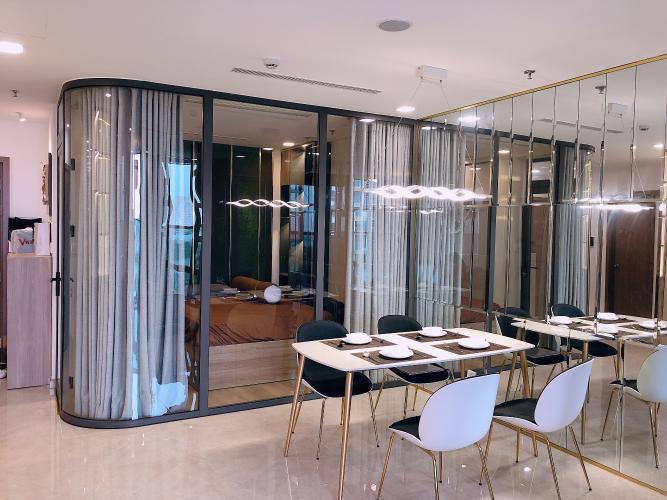 Phòng ăn Vinhomes Central Park Căn hộ Vinhomes Central Park, Landmark 81 tầng trung, đầy đủ nội thất