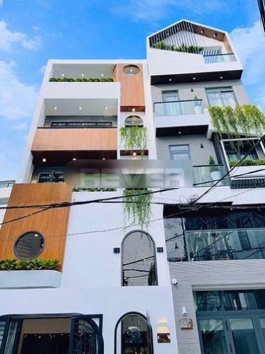 Nhà phố hẻm rộng 7m đường Quang Trung, diện tích 70m2 hướng Nam mát mẻ.