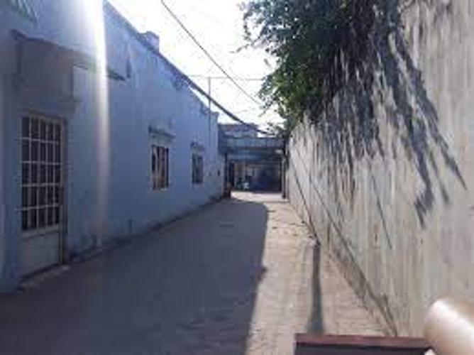 Đường trước nhà phố Quận 9 Nhà phố thiết kế 1 trệt 1 lầu diện tích 80m2, khu vực đầy đủ tiện ích.