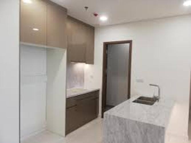 Căn hộ Kindom 101 thiết kế tinh tế nội thất cơ bản, tầng trung.