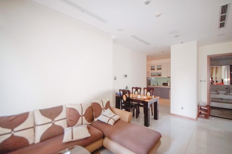 Phòng khách , Căn hộ Vinhomes Central Park , Quận Bình Thạnh Căn hộ Vinhomes Central Park tầng 2 view nội khu yên tĩnh, đầy đủ nội thất.