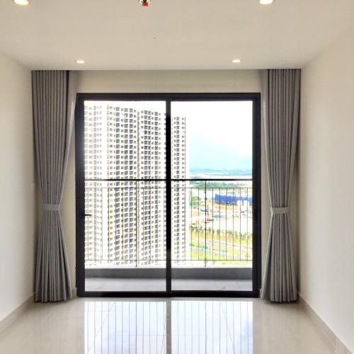 Căn hộ Vinhomes Grand Park tầng 24 nội thất cơ bản, ban công Đông Bắc