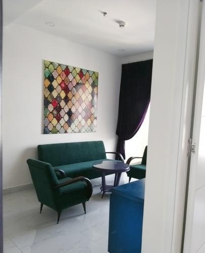 Căn hộ Terra Royal tầng 22 thiết kế kỹ lưỡng, đầy đủ nội thất.