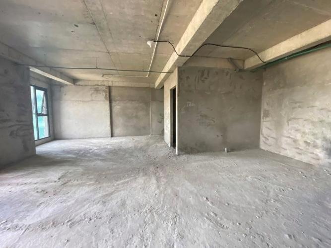 Căn hộ Lavida Plus tầng 30, nội thất cơ bản, tiên ích đa dạng.