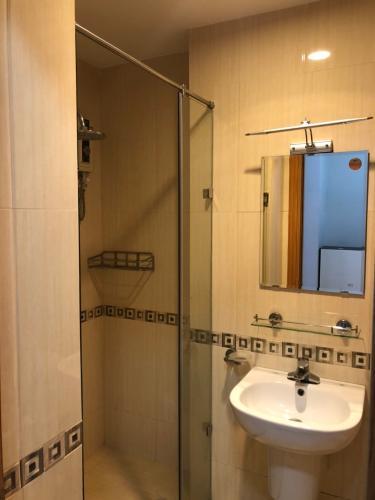 Phòng tắm , Căn hộ Saigonres Plaza , Quận Bình Thạnh Căn hộ SaigonRes Plaza cửa hướng Tây Bắc, đầy đủ nội thất.