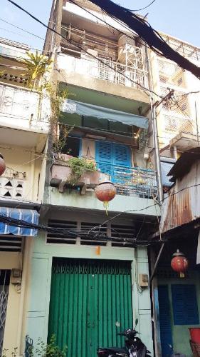 nhà phố quận 1 Bán nhà hẻm Đề Thám 2m, ban công và cửa hướng Tây  Nam.
