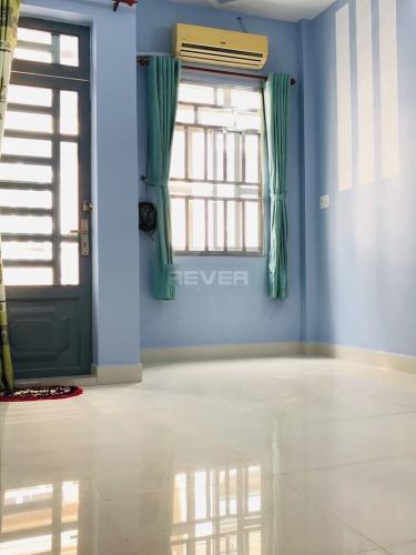 Phòng ngủ nhà phố Trương Đình Hội, Quận 8 Nhà phố diện tích 38.5m2, thiết kế kỹ lưỡng cùng gam màu xanh mát.