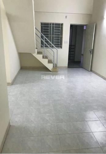 Căn hộ chung cư Mỹ Thuận bàn giao nội thất cơ bản, view thoáng mát.