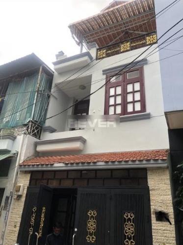 Nhà phố có sổ hồng riêng, thiết kế hiện đại, gần Aeon Mall Tân Phú.