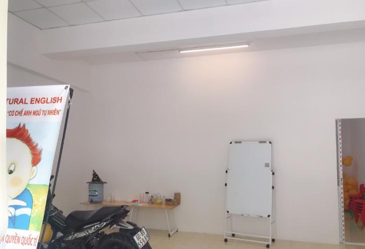 Căn hộ tầng trệt chung cư Khang Gia có 1 trệt 1 lầu, nội thất cơ bản