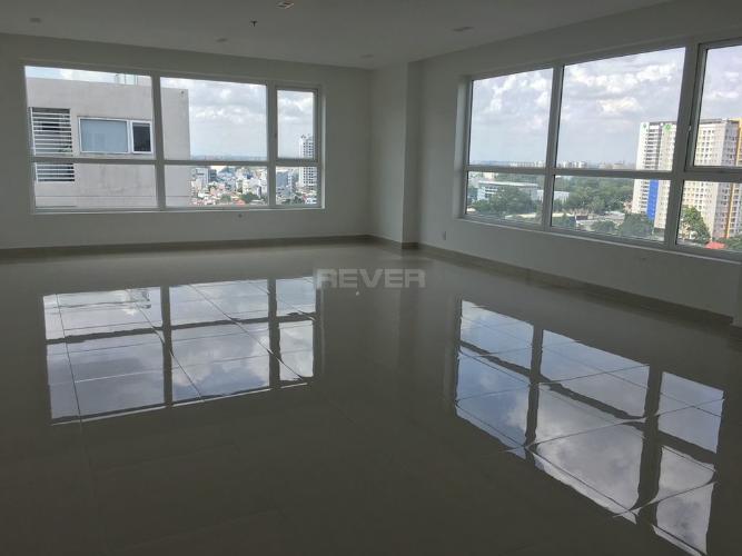 Office-tel Sky Center cửa chính hướng Tây, view nội khu yên tĩnh.