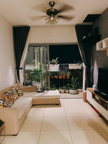 Căn hộ tầng 11 Hausneo cửa hướng Đông Nam, đầy đủ nội thất.