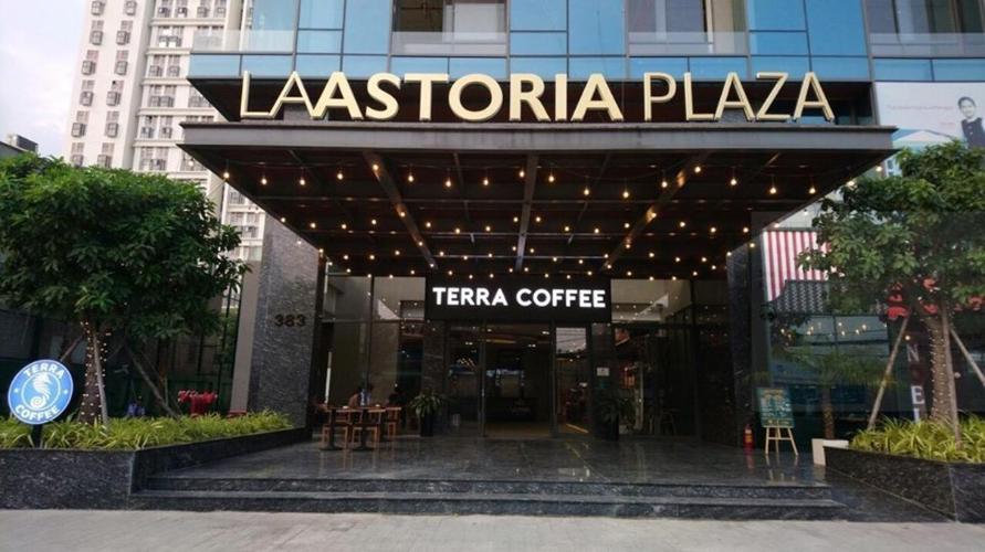 La Astoria Căn hộ La Astoria tầng thấp, ban công hướng Tây thoáng mát.