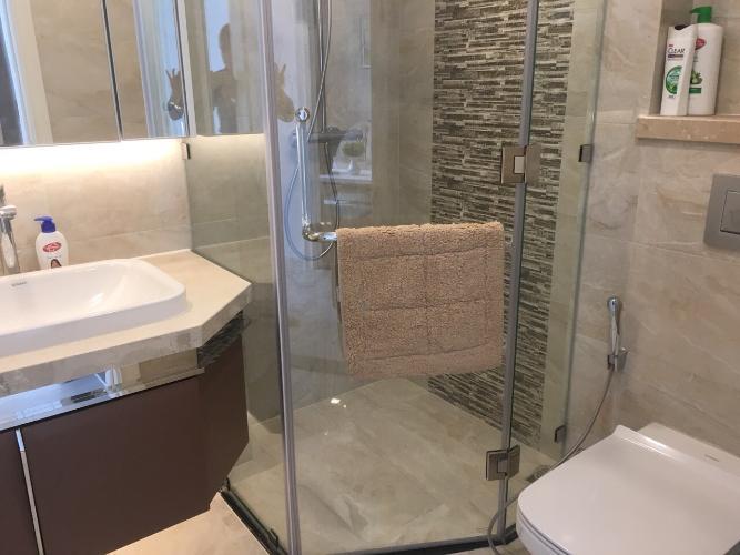 Phòng tắm căn hộ Vinhomes Golden River Căn hộ Vinhomes Golden River tầng cao, đầy đủ nội thất.