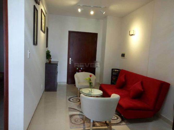 Căn hộ Phú Thạnh Apartment tầng trung, ban công hướng Bắc.