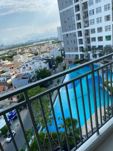 View căn hộ The Sun Avenue Căn hộ The Sun Avenue nội thất cao cấp, view thành phố.