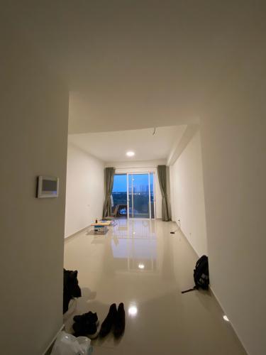 Căn hộ tầng 14 Sunrise Riverside cửa hướng Tây Bắc, view thoáng mát.