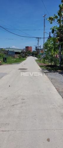 ĐƯờng trước nhà xưởng kho bãi Huyện Bình Chánh Nhà xưởng kho bãi diện tích 1000m2, đường container 40feet quay đầu.