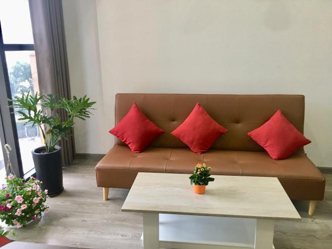 phòng khách căn hộ OT the sun avenue Căn hộ The Sun Avenue đón view nội khu, đầy đủ nội thất.