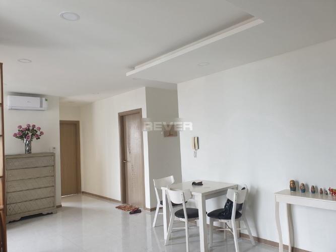 Căn hộ Riva Park tầng trung, view sông thoáng mát, 2 phòng ngủ.