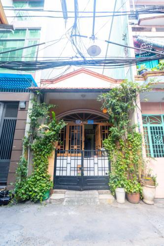 Bán nhà phố 1 tầng, đường hẻm 15 nguyễn trãi phường 2 quận 5, diện tích đất 52.8m2, sổ hồng đầy đủ.