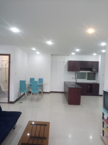 Căn hộ The Mansion tầng 4 có 3 phòng ngủ, nội thất cơ bản.