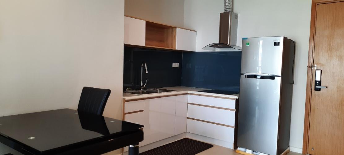 Không gian nhà bếp và phòng ăn Diamond Island Căn hộ 1 phòng ngủ Đảo Kim Cương view ngắm thành phố.