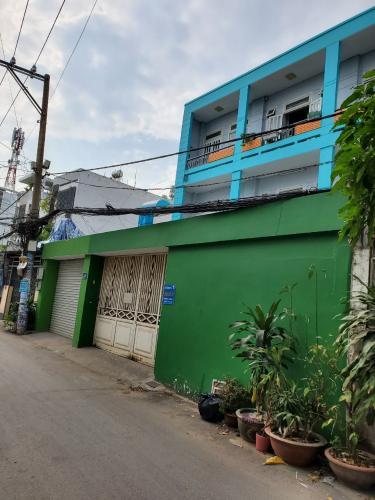 Hẻm văn phòng đường số 51, Gò Vấp Văn phòng hẻm xe tải, có mặt tiền rộng để xe, 144m2.