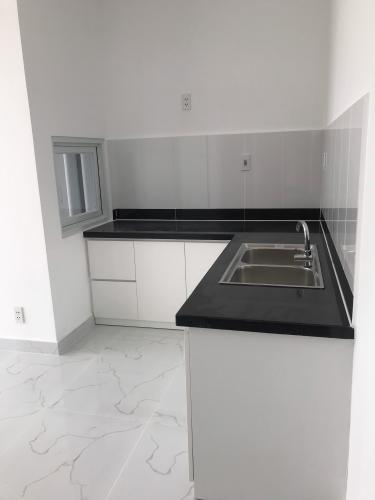 Phòng bếp căn hộ Conic Riverside, Quận 8 Căn hộ Conic Riverside hướng cửa Tây Bắc, nội thất cơ bản.