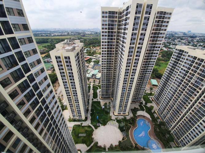 View ban công căn hộ Vinhomes Grand Park Căn hộ Vinhomes Grand Park thiết kế hiện đại view rộng rãi thoáng mát.
